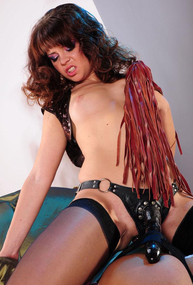 strapon-mistress-stockings-10-jpg