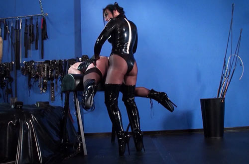 Domme Sodomizing slave
